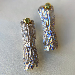 STERLING SILVER & VERMEIL 0.22 CTTW CHRYSOLITE LOG EARRINGS - PERSONA JEWELRY