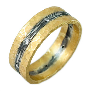 18K YELLOW GOLD WITH OXIDIZED INLAY HAMMERED DIAMOND BAND - PERSONA JEWELRY