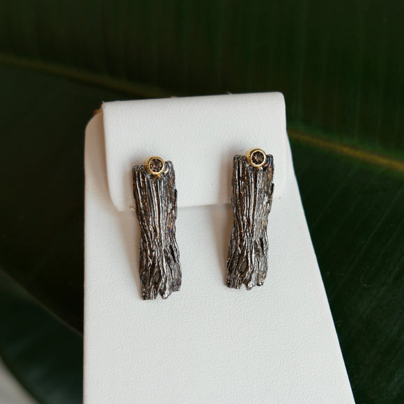 OXIDIZED STERLING SILVER 0.20 CTTW SMOKY TOPAZ BARK STYLE EARRINGS