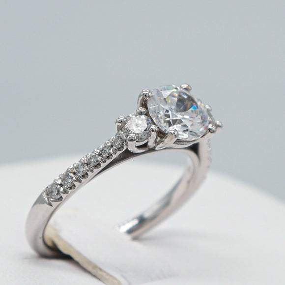 CUSTOMIZABLE ROUND CENTER STONE WITH 2 ROUND SIDE DIAMONDS RING