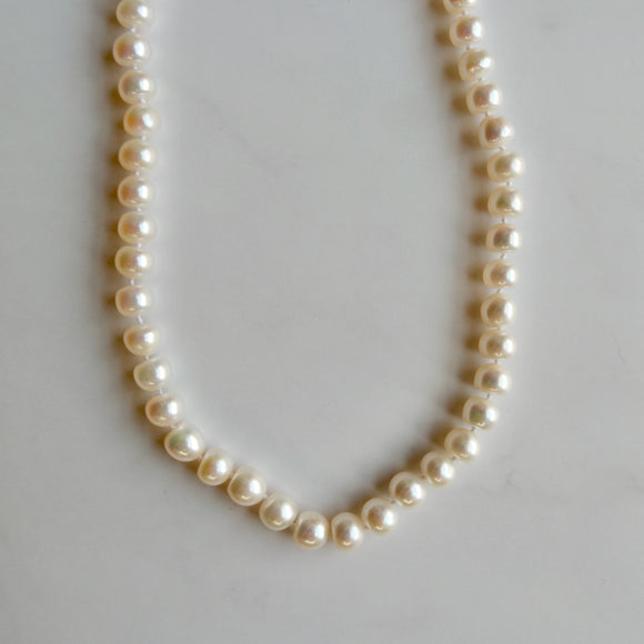 7.3 MM ROUND WHITE FRESHWATER PEARL NECKLACE - PERSONA JEWELRY
