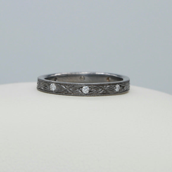 *14K OXIDIZED WHITE GOLD DIAMOND ANTIQUE REPRODUCTION BAND - PERSONA JEWELRY