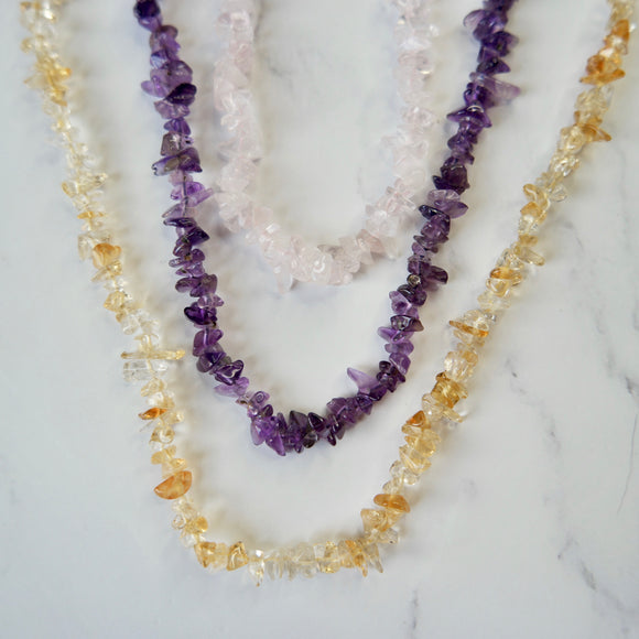 38'' GEMSTONE CHIP BEAD NECKLACE (AMBER, AMETHYST OR ROSE QUARTZ) - PERSONA JEWELRY