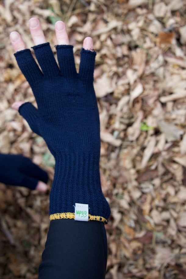 minus 33 merino wool clothing, Hunting Life Test the fingerless glove liner. wearing fingerless gloves is better for hunting when it comes time to pull the trigger.