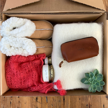 Load image into Gallery viewer, Ladies Luxury Winter Box