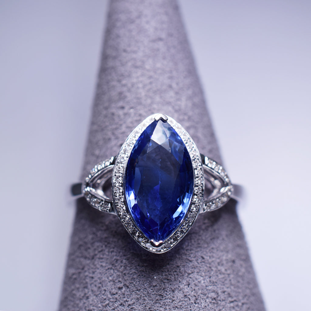Blue Sapphire Ring - 2.01 cts