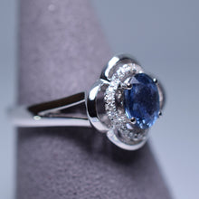 Load image into Gallery viewer, Blue Sapphire Ring - 1.133 cts