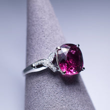 Load image into Gallery viewer, Garnet Ring - 3.315 cts