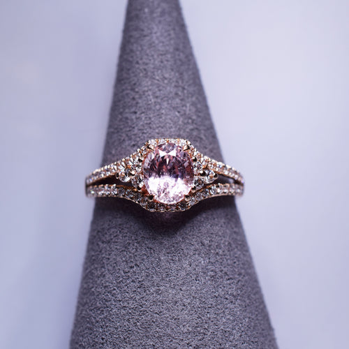 Padparadscha Sapphire Ring - 1.36 cts