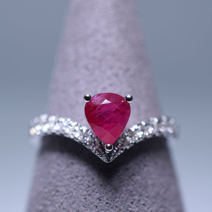 1.03ct Ruby Ring
