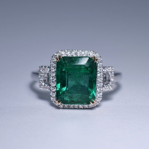 Emerald Ring - 2.405 cts