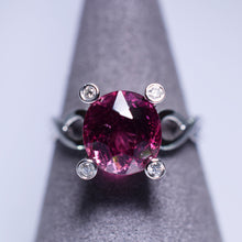 Load image into Gallery viewer, 3.815ct Tourmaline Ring