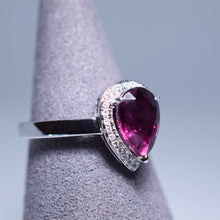 Load image into Gallery viewer, 2.49ct Garnet Ring
