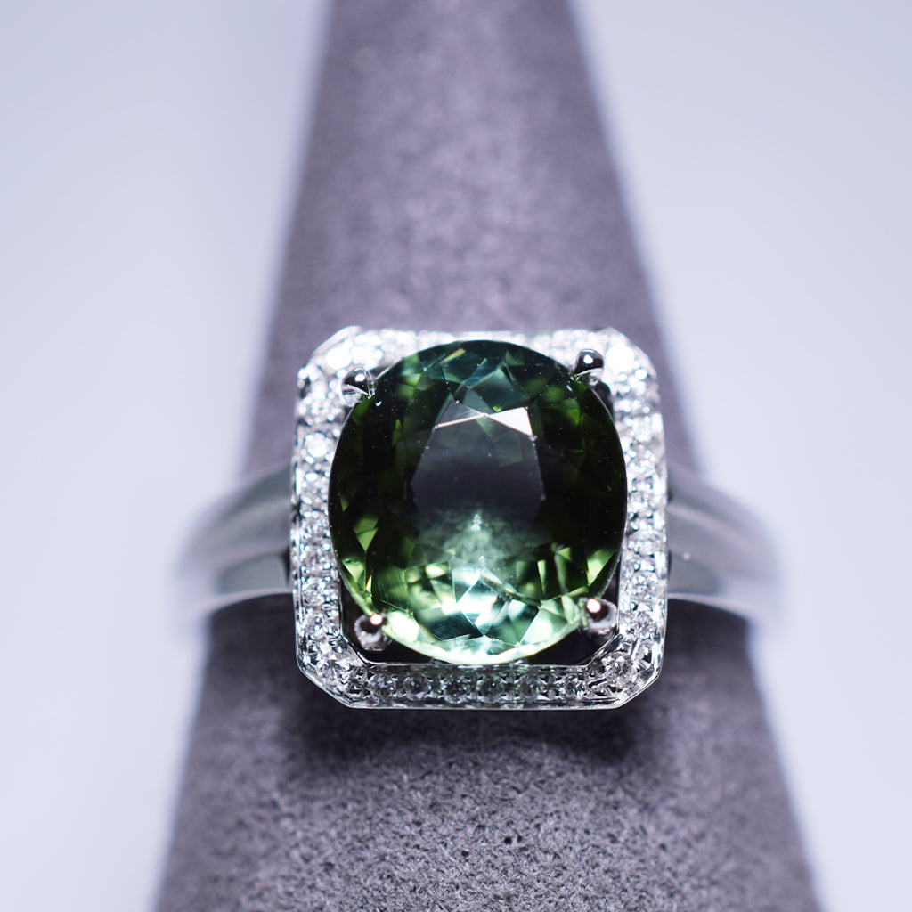 Green Tourmaline Ring - 2.91 cts