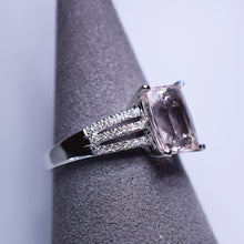 Load image into Gallery viewer, Morganite Ring - 2.23 cts