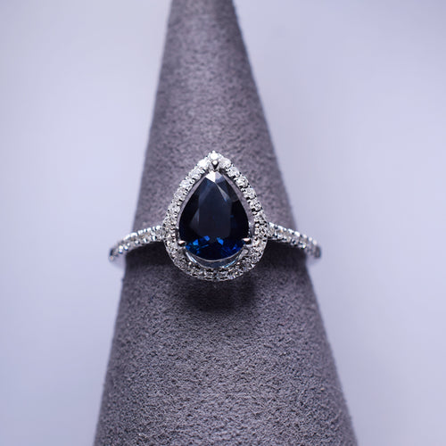 Blue Sapphire Ring - 1.06 cts