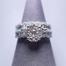 Load image into Gallery viewer, Diamond rings - Engagement and wedding band set