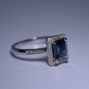 Blue Sapphire Ring - 1.375 cts