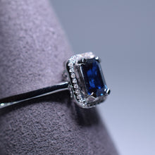 Load image into Gallery viewer, 0.675ct Sapphire Ring