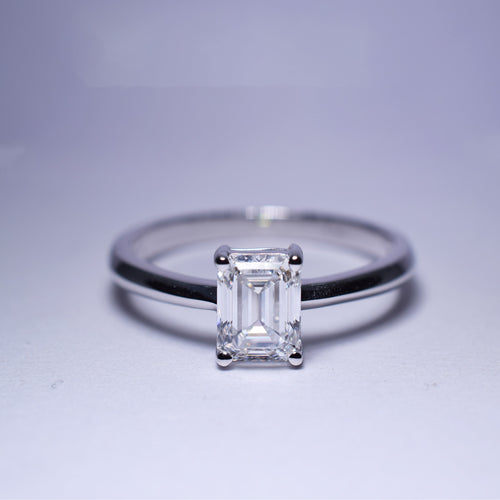 1ct G VS1 Diamond Ring