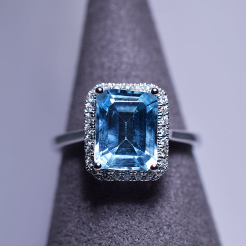 2.75ct Topaz Ring