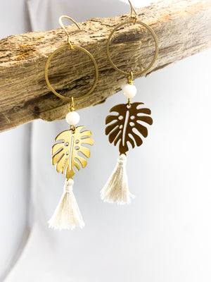 Chic Golden Leaf Tassels