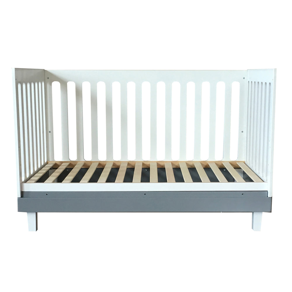 Cuddlebug Madison 3in1 Convertible Crib, White