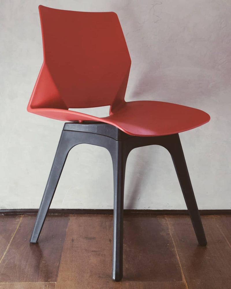Iselle Chair
