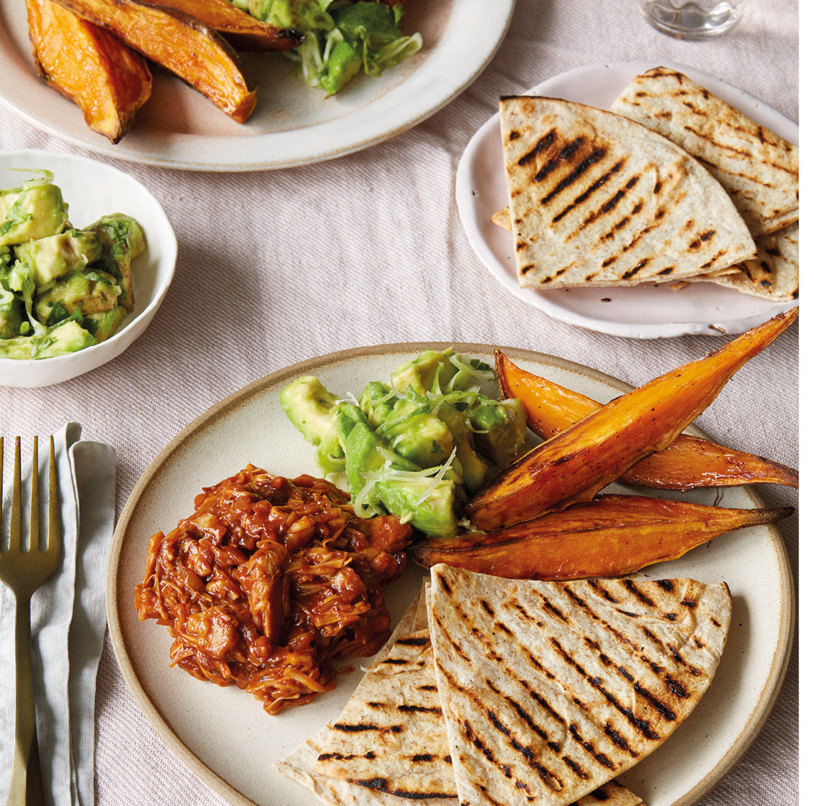 Barbecue jackfruit flatbreads, sweet potato wedges, avo salsa