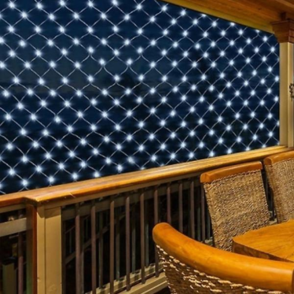Solar Powered Net 100 LED Curtain Lights