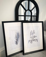 Feather Black Elegant Bedroom Simple Decor Print