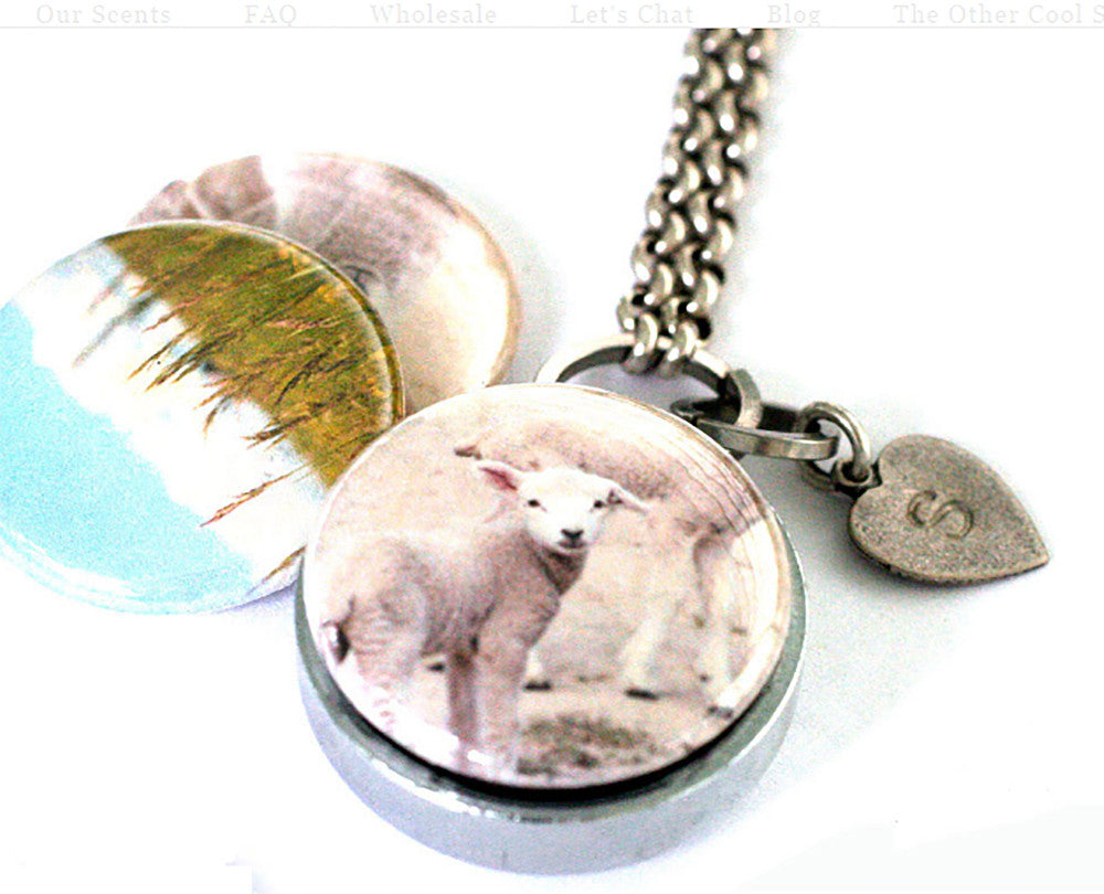 Magnetic Diffuser Locket | Mary Had a Little Lamb