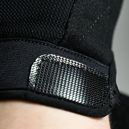 Wrist strap made from neoprene material