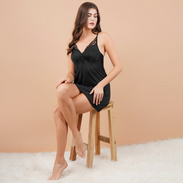Ficuster V-Neck Black Padded Babydoll Nightwear