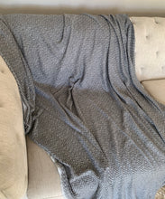 Load image into Gallery viewer, Grey / Cream Reversible Throw