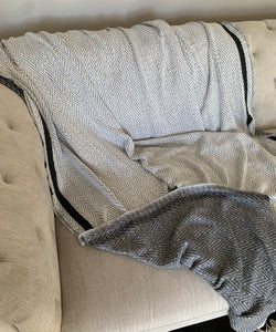 Grey / Cream Reversible Throw