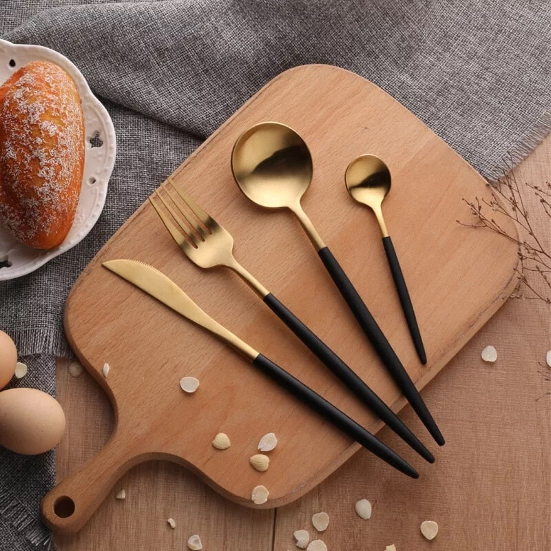 4 Piece Modern Cutlery Set by SIA
