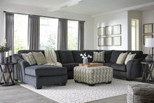 Load image into Gallery viewer, Eltman 3 Piece Sectional W/ Chaise