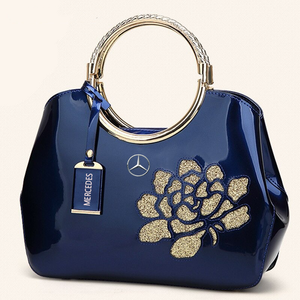 ,MCD LUXURY SHOULDER BAG WITH FLOWER.
