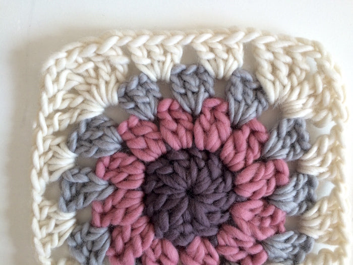 Free Crochet Pattern How To Make And Join Granny Circles Within A