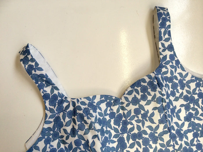 Kim Dress Sewalong #4: Assembling your bodice (all variations)