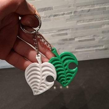 Animal Crossing Leaf Keychain - Casual Chicken
