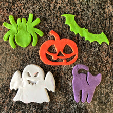Load image into Gallery viewer, Halloween Cookie Cutters - Spider, Pumpkin, Bat, Ghost, Cat
