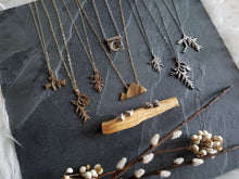 Load image into Gallery viewer, Evergreen Splayed Sprig Necklace
