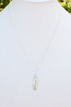 Load image into Gallery viewer, Tiny Feather Necklace II
