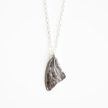 Load image into Gallery viewer, Butterfly Wing Necklace