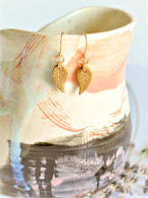 Load image into Gallery viewer, Dangling Leaf Earrings