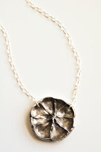 Load image into Gallery viewer, Lemon Slice Necklace