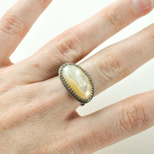 Load image into Gallery viewer, Mother of Pearl Statement Ring with Decorative Band - Size 7