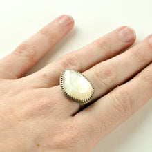 Load image into Gallery viewer, Large Mother of Pearl Statement Ring - Size 8